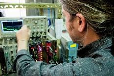 Propinas dos melhores caloiros de Engenharia Física são pagas por empresas